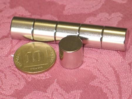 מגנט ניאודימיום גליל - קוטר 12 מ''מ, גובה 12 מ''מ (NC-1400)